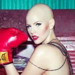 Elly Mayday, la modella con il cancro che posa senza i capelli01