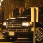 Johnny Depp, mamma Betty Sue e Amber Heard: Capodanno insieme al ristorante04