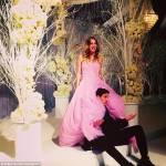Kaley Cuoco e Ryan Sweeting si sono sposati: lui le tira addosso torta di nozze