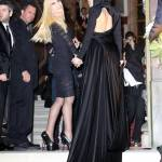 Lady Gaga a Parigi dall'amica Donatella Versace05