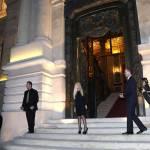 Lady Gaga a Parigi dall'amica Donatella Versace07