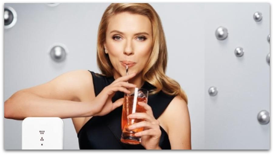 Scarlett Johannson testimonial di SodaStream al SuperBowl
