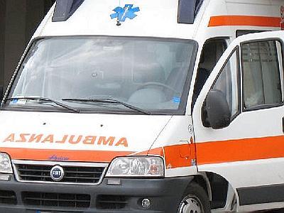 Paternò, dramma: ragazza di 14 anni muore incinta in ambulanza