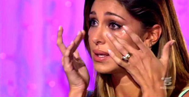 """Belen Rodriguez: """"Uomini armati mi rapirono e rinchiusero con la mia famiglia"""""""