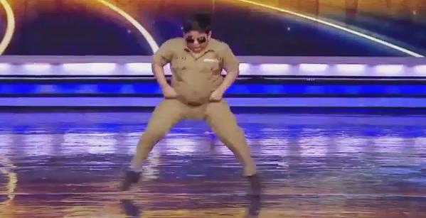 "Akshat Singh, il bimbo di 8 anni fenomeno a ""India's Got Talent"""