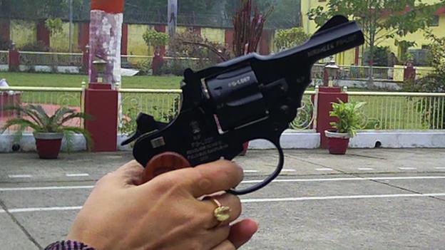 In India arriva la pistola anti-stupro creata apposta per le donne