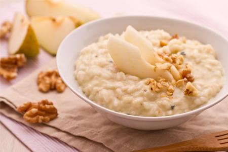 Ricette di primi: risotto con gorgonzola, pere e noci