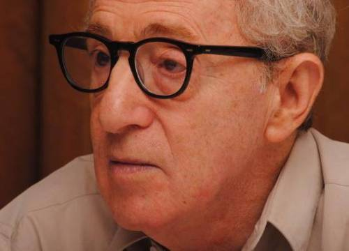 """Woody Allen si difende: """"Mai molestato la piccola Dylan"""""""