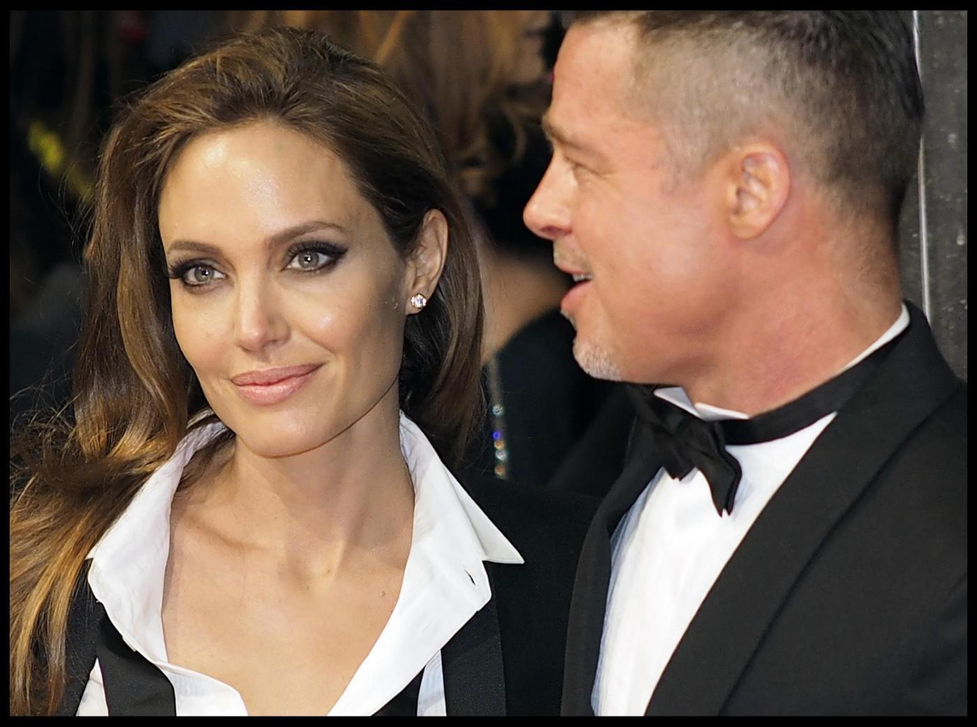 Bafta 2014, Brad Pitt e Angelina Jolie in doppio smoking03