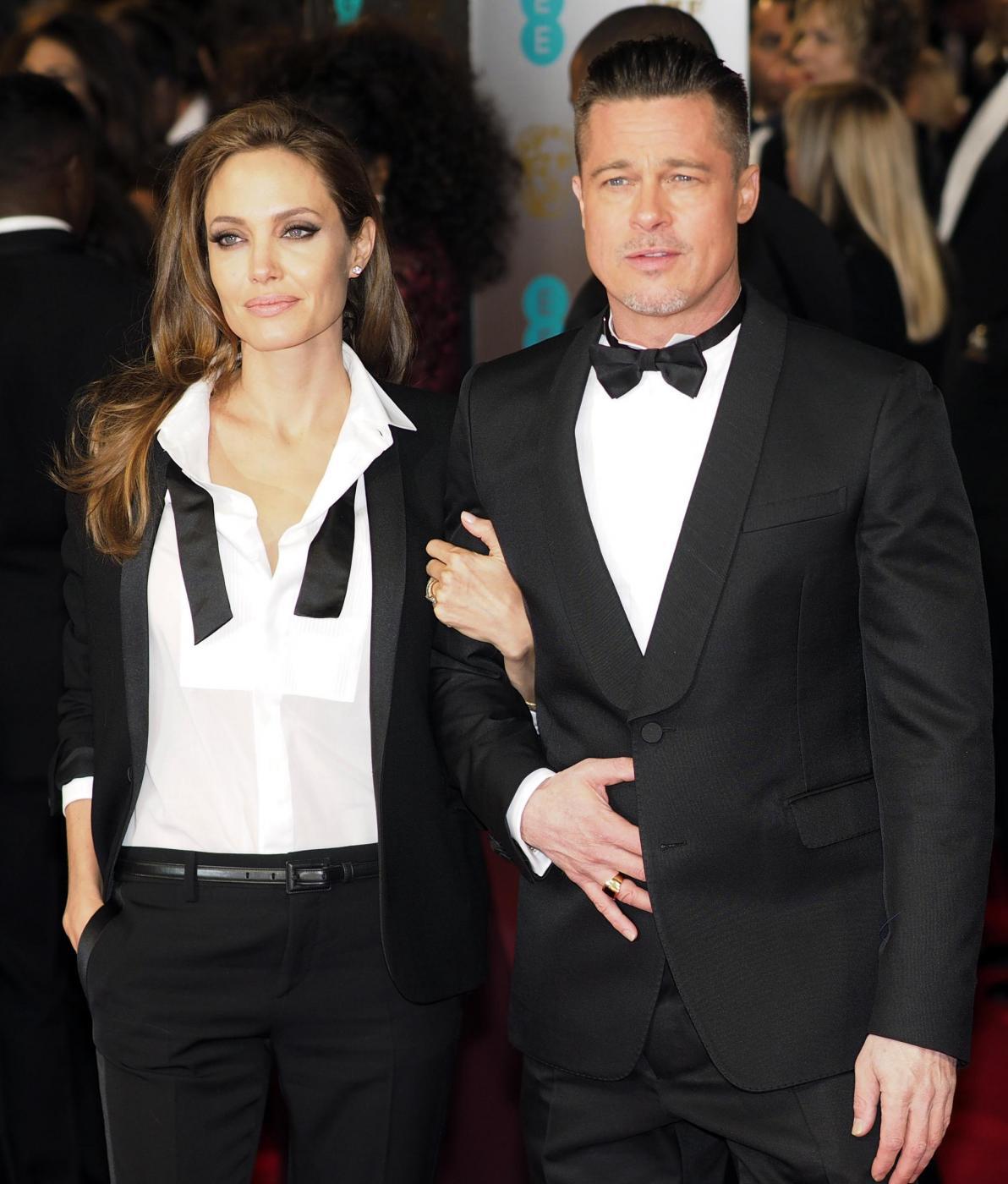 Bafta 2014, Brad Pitt e Angelina Jolie in doppio smoking01