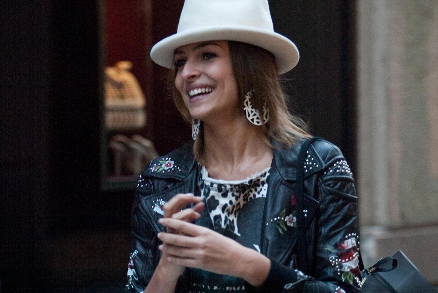 Cristina Chiabotto, shopping a Milano per la madrina della Juventus 07