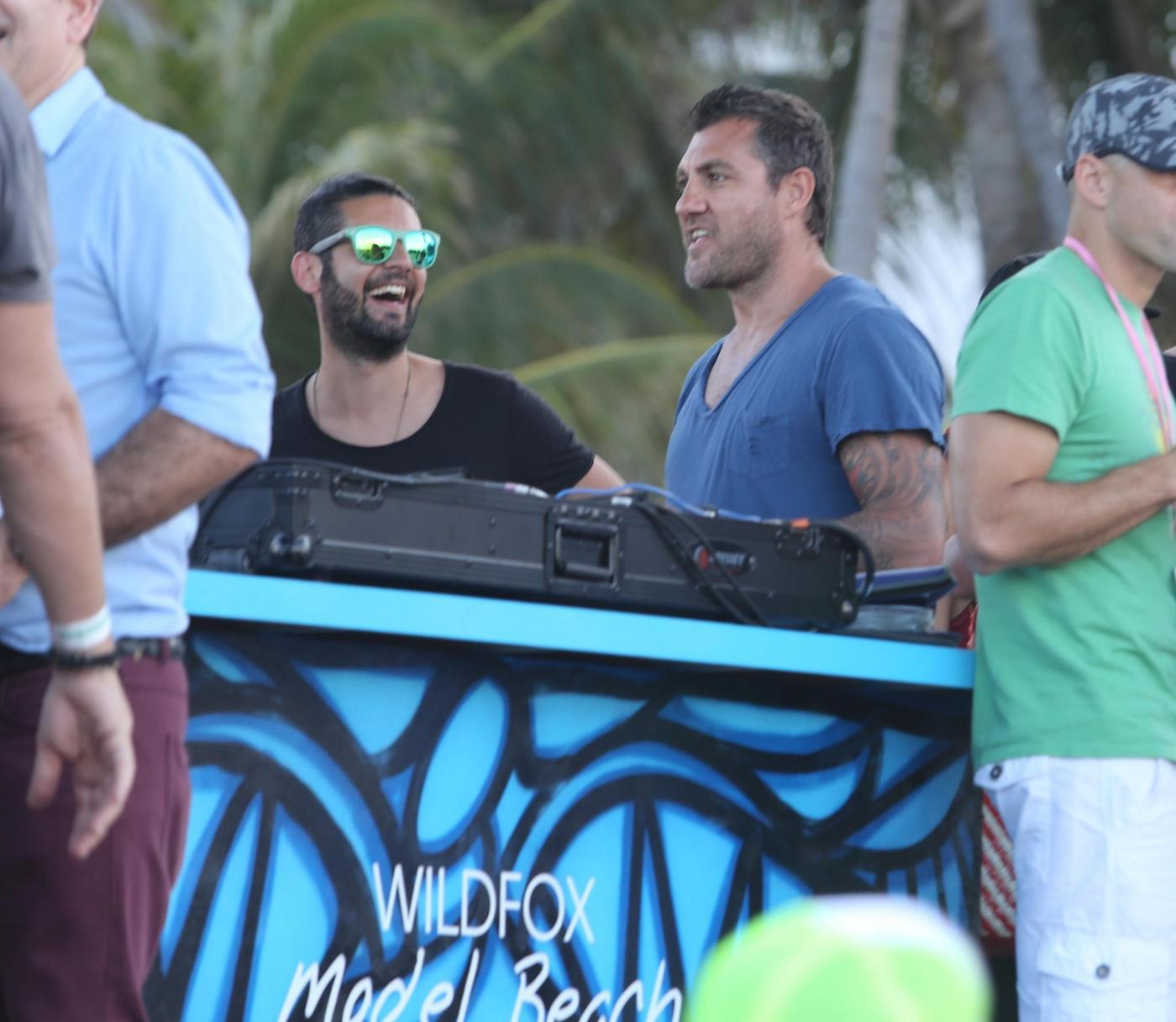 Miami, Christian Vieri assiste al torneo di beach volley per modelle03