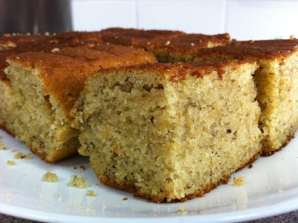 Ricette di dolci: torta banana, cannella e noci
