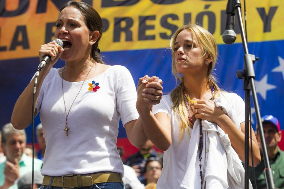 marcia di Lillian Tintori e delle donne anti-maduro5