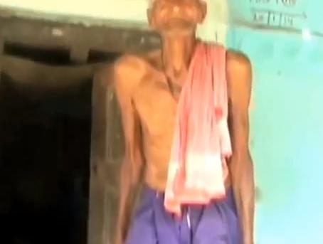 """Premsai Patel ha 118 anni: """"Sono l'uomo più vecchio del mondo"""