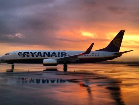 Ryanair promette voli per gli USA a 10 euro: rivoluzione low cost