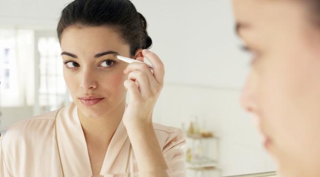 Profumi e cosmetici, ultimatum Ue: 5 anni per eliminare allergeni