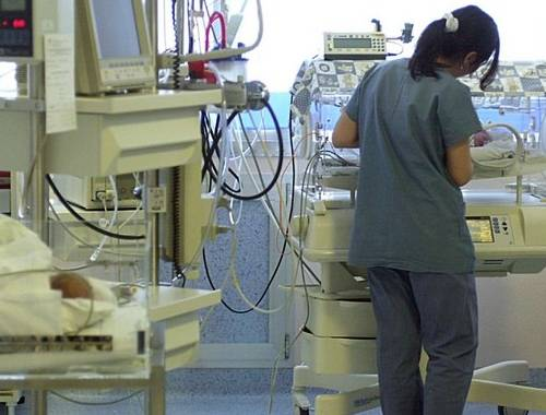 Canada: bimba nasce morta, torna in vita dopo 28 minuti