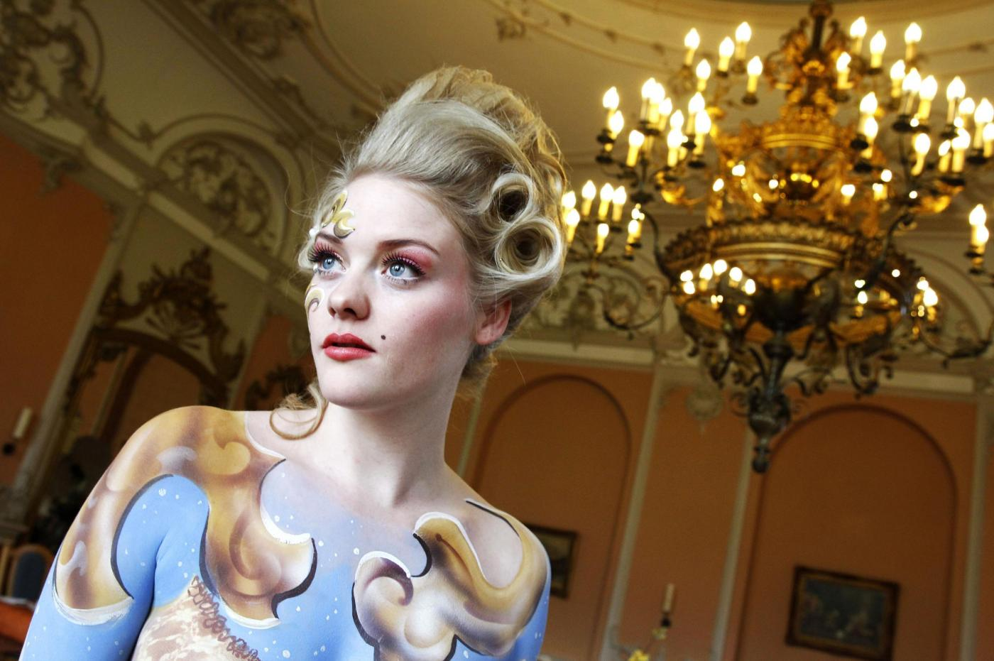 Germania, body painting in stile barocco1