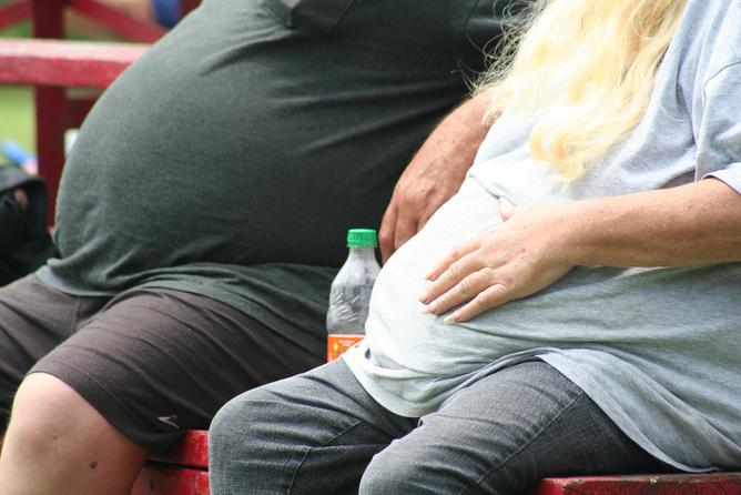 Tv, pc e auto favoriscono obesità e diabete nei Paesi poveri