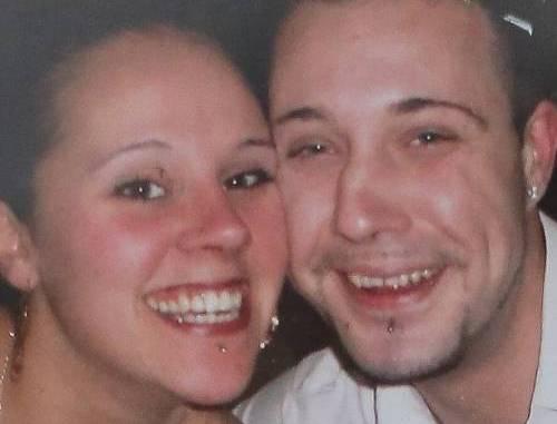 29 anni e mamma di 7 figli: muore di setticemia pur di non lasciarli soli