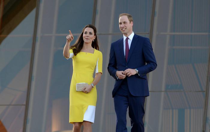 William, Kate e George in Australia il vestitino color canarino della Duchessa12