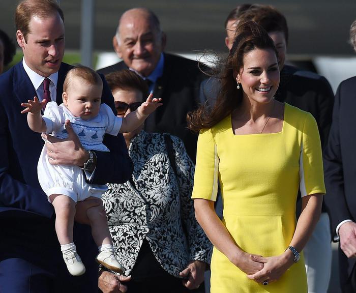 William, Kate e George in Australia il vestitino color canarino della Duchessa08