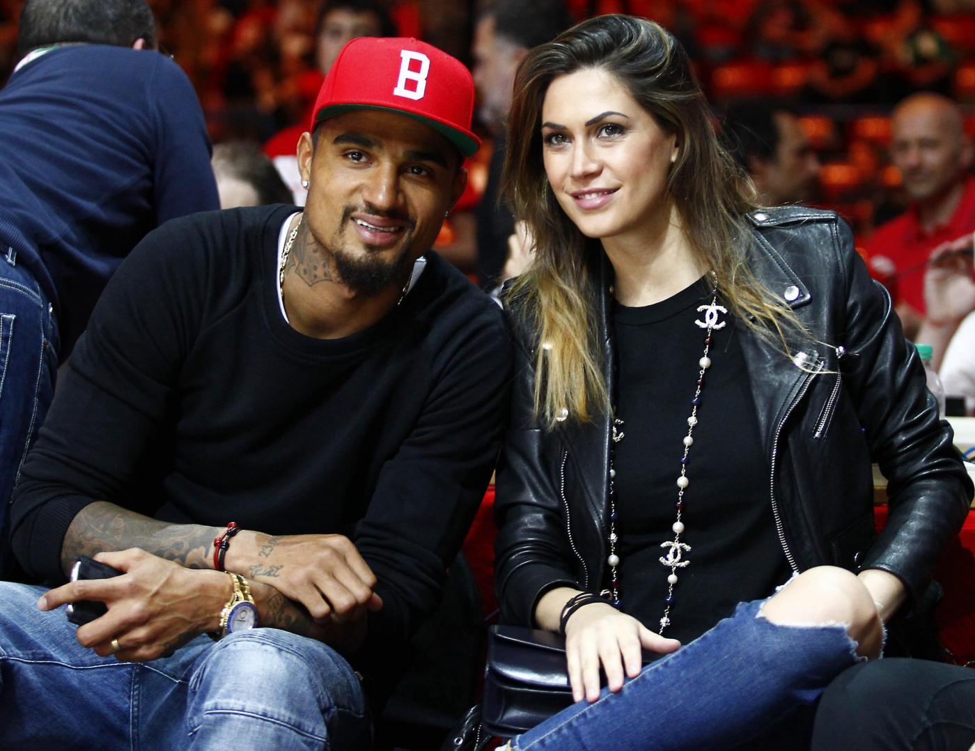 Melissa Satta e Kevin Price Boateng innamorati alla partita di basket01