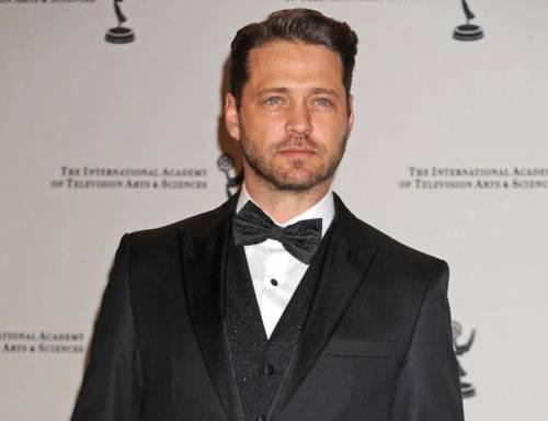 """Jason Priestley, """"Brandon"""": """"Con Brad Pitt gara a chi si lavava meno"""""""
