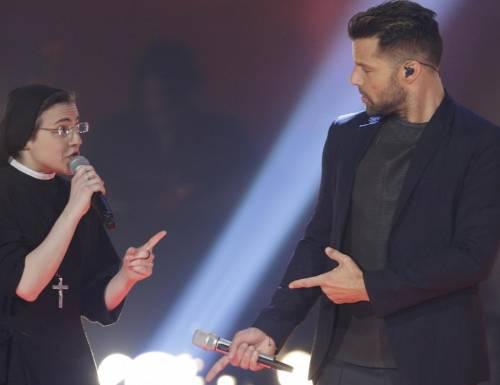 The Voice, Suor Cristina Scuccia canta con Ricky Martin e va in finale