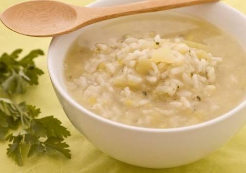 Ricette di primi: zuppa di riso con porri e patate