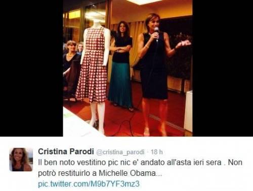 Cristina Parodi, l'abito di Michelle Obama all'asta: 750 € da Giacomo Agostini