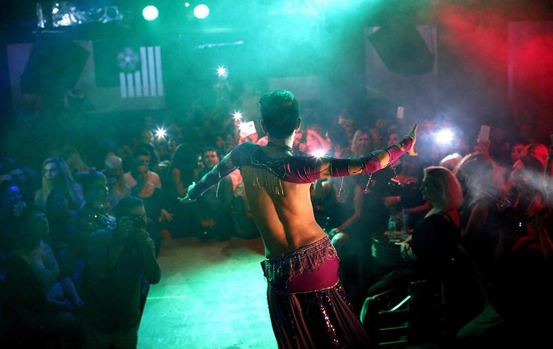 Miss trans Turchia vince Yanki Bayramoglu05