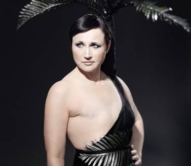 Monokini 2.0, costume da bagno per donne con un seno dopo mastectomia01
