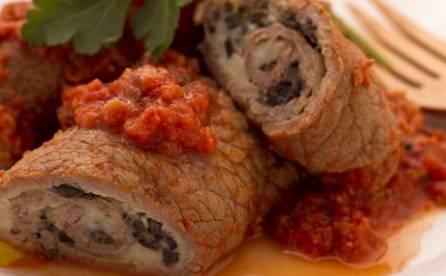 Ricette di carne involtini veloci alla pizzaiola ladyblitz for Ricette di carne veloci