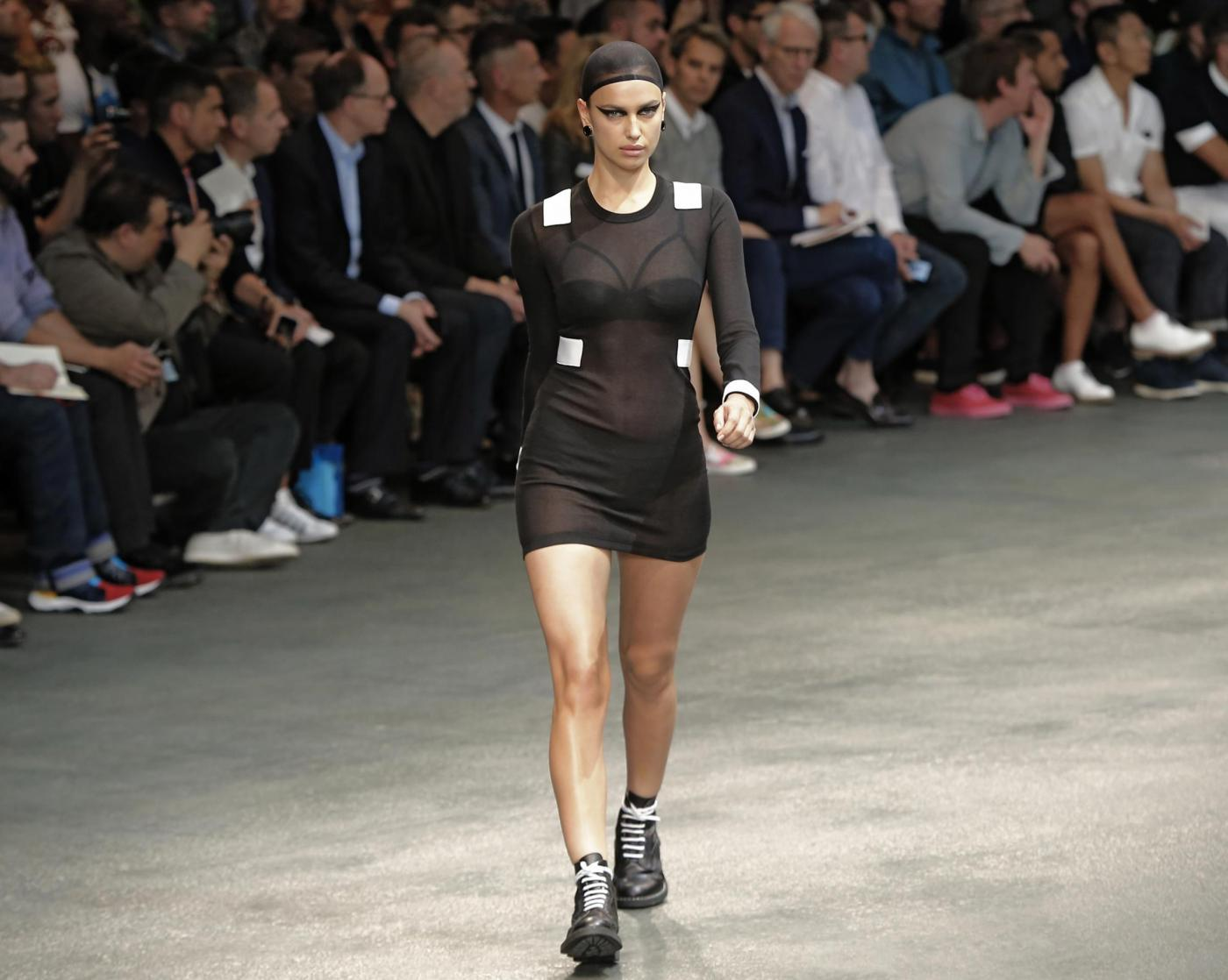"Irina Shayk, Adriana Lima, Candice Swanepoel alla ""Paris Men's Fashion Week"""