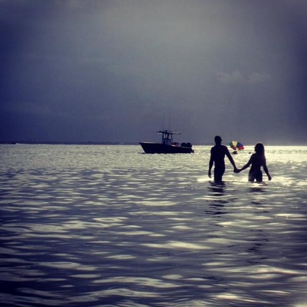 Beyoncé e Jay Z in vacanza al mare (foto)
