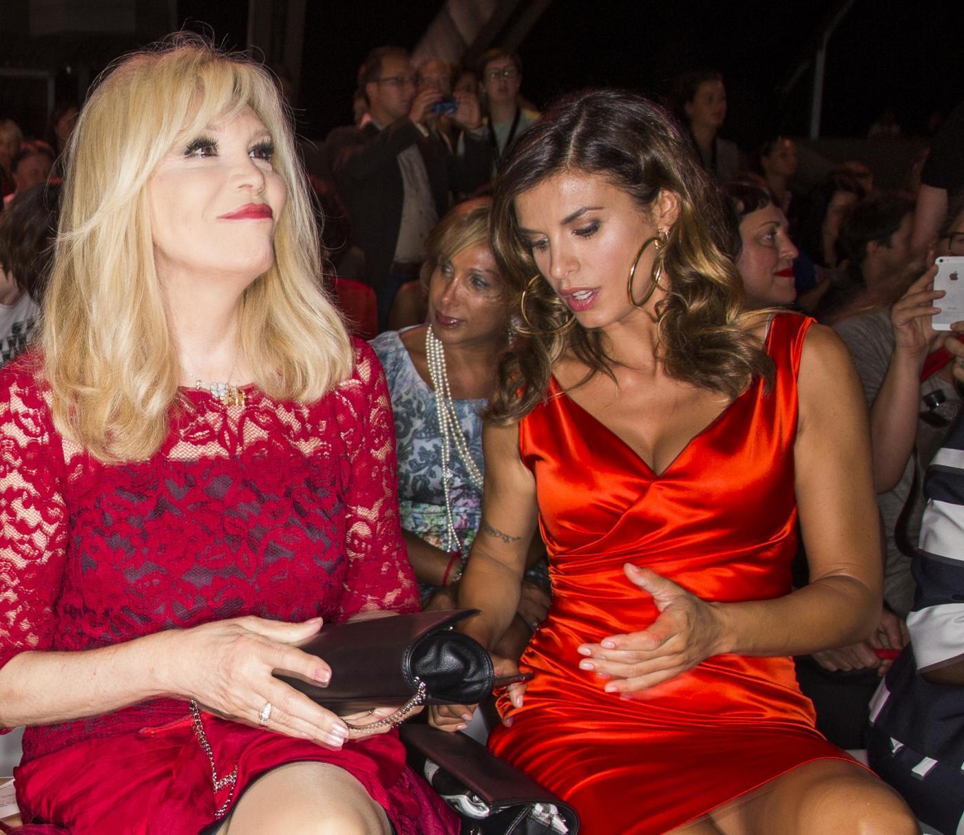 Elisabetta Canalis alla Berlino Fashion Week con Amanda Lear6