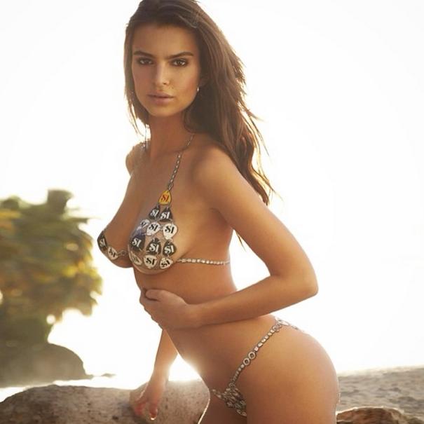 Emily Ratajkowski, la nuova icona super hot di Yamamay (foto)