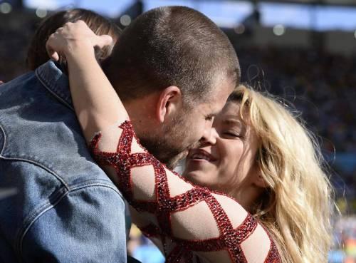 Shakira età, fidanzato Gerard Piqué, figli: vita privata FOTO