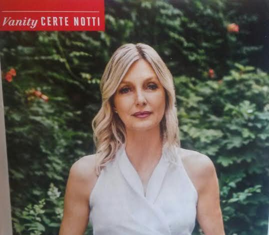 """Ligabue, moglie Barbara Pozzo: debutto da scrittrice con """"La vita che sei"""""""
