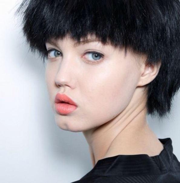 Lindsey Wixson: la top model dalle labbra a cuore (foto)