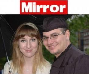 Si finge morto per sfuggire al matrimonio, lei lo scopre mesi dopo