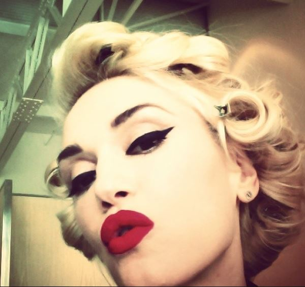 Da Madonna a Gwen Stefani: le star che non amano l'abbronzatura (foto - pallida6