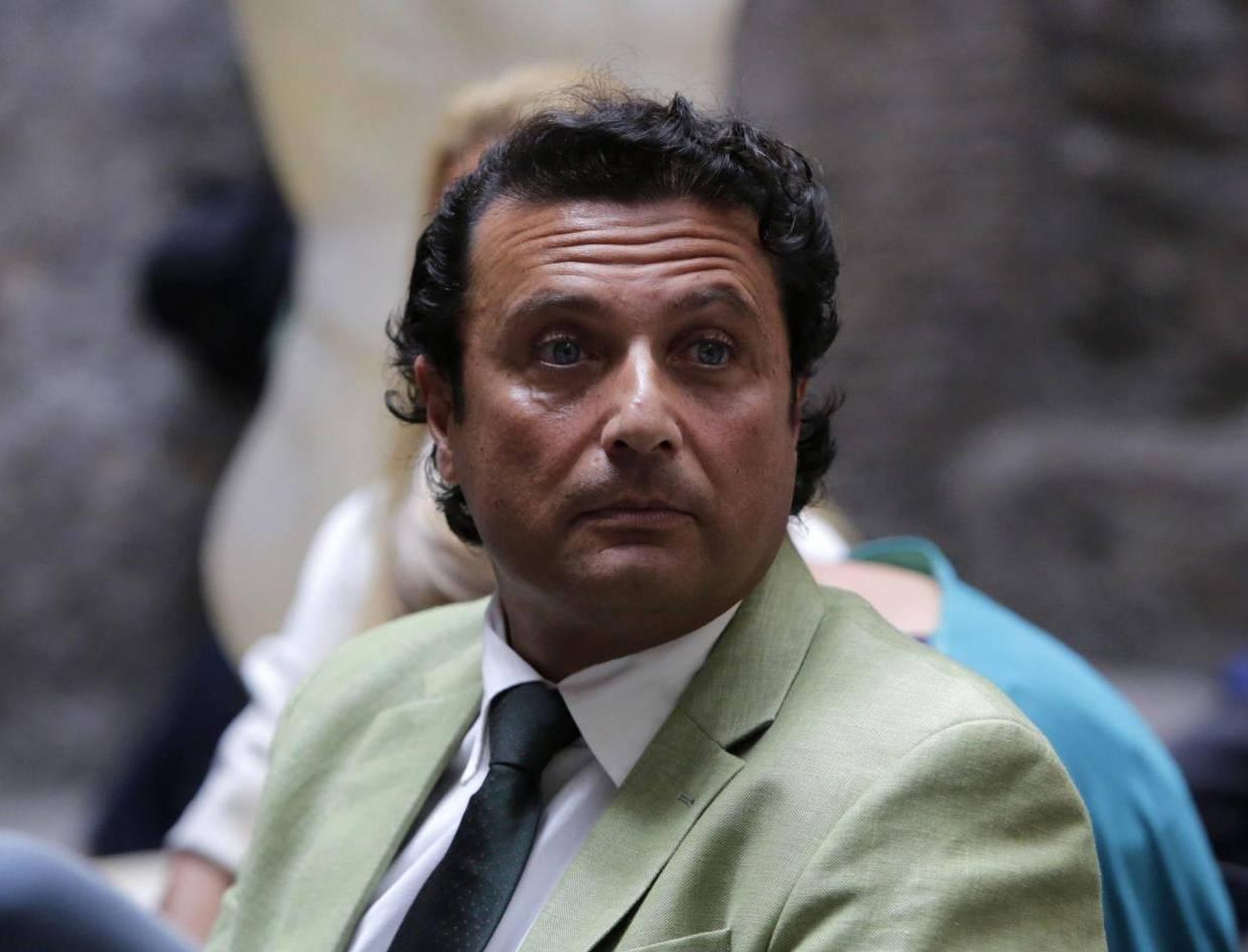 """""""Schettino, a La Sapienza lezione su gestione del panico"""": bufala... a metà"""