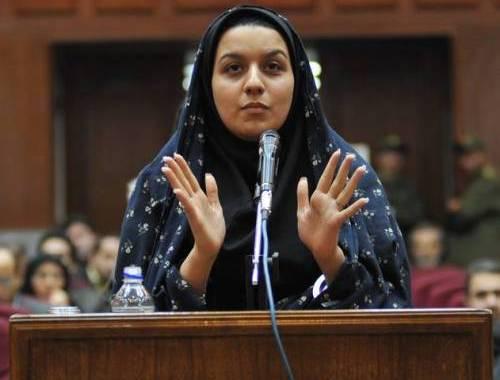 Donna uccide suo stupratore: verrà impiccata. Iran, questa è la giustizia