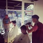 """Londra, arriva il """"barber-lunch"""", ristorante con coiffeur all'interno (FOTO)"""