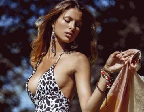 Mariana Rodriguez, l'anti Belen: uguale a lei... ma più giovane e fresca (foto)