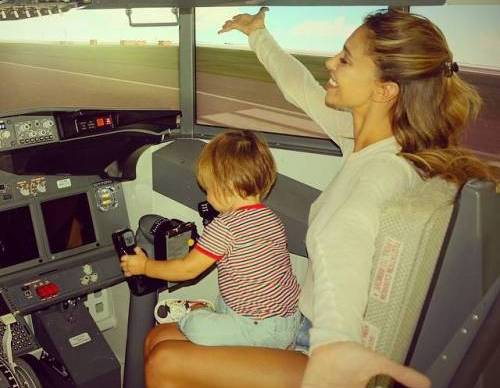 Belen Rodriguez, Shakira... vip, mania dei figli sui Social: giusto o sbagliato?