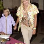 Matilde Brandi con la figlia.12